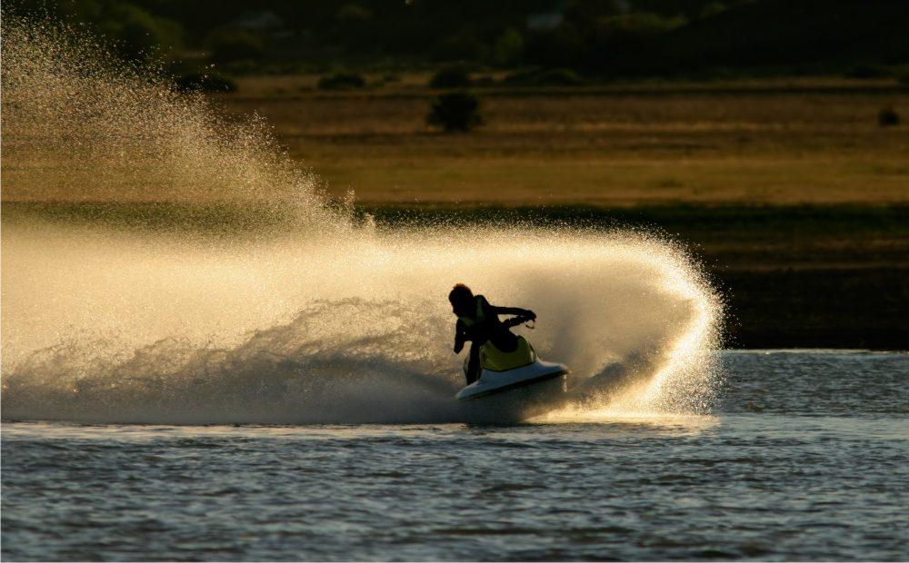 empresas transporte de motos de agua