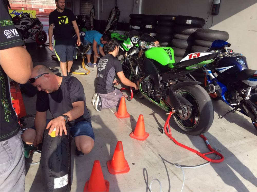 transportar moto circuito carreras
